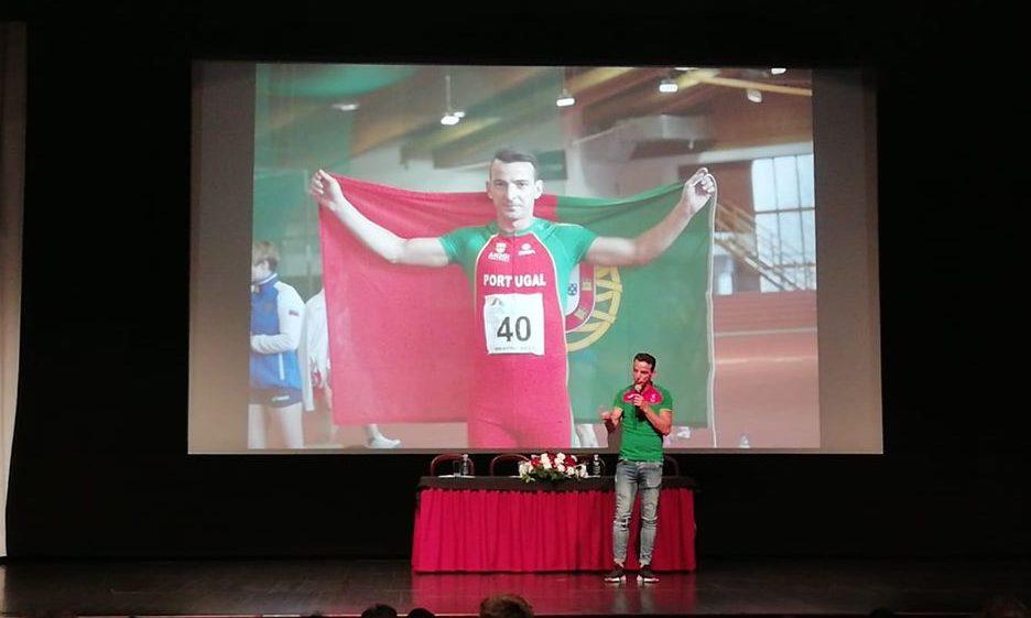 """""""Nada é impossível"""" – Atleta paralímpico mais medalhado do mundo, Lenine Cunha, esteve em São Jorge a falar do seu percurso de vida (c/áudio)"""