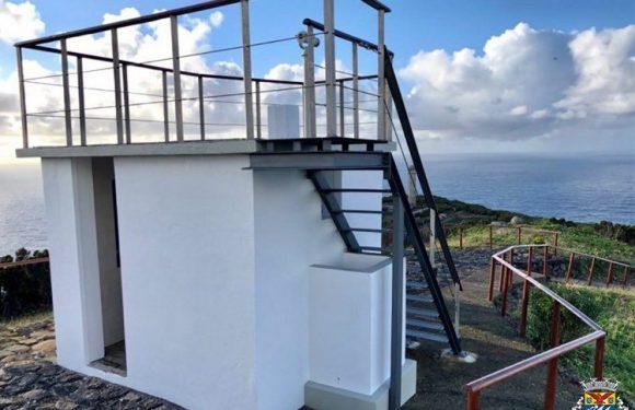 Município das Velas faz obras de conservação da Vigia da Baleia na Ponta dos Rosais
