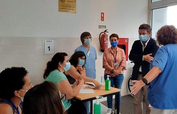 """Chegou ao fim """"Operação Periferia"""", de vacinação contra a covid-19 nas ilhas sem hospital"""