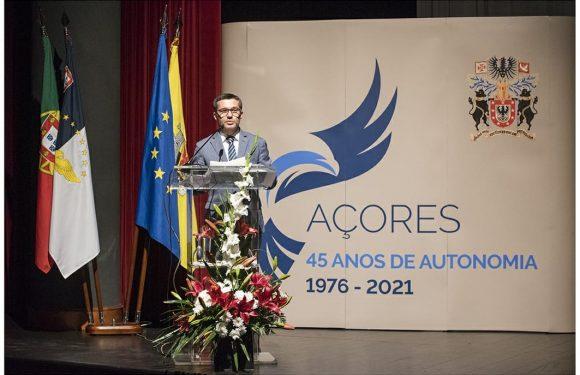 Presidente da Assembleia apela a concertação para implementação  de políticas demográficas que fixem população nos Açores