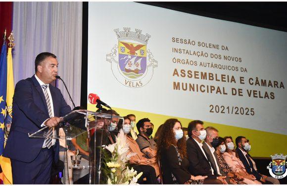 """Sem esquecer """"passado difícil"""", Luís Silveira toma posse e elege Turismo como uma das grandes alavancas de desenvolvimento do concelho das Velas (c/áudio)"""